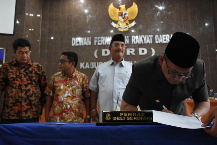Dua Ranperda Disahkan DPRD Deli Serdang