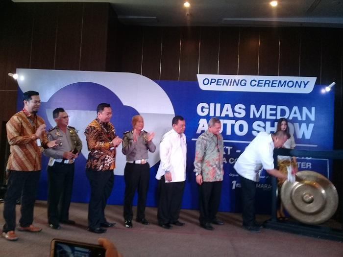 GIIAS Medan 2018 Resmi Dibuka, Pengunjung Rasakan Sensasi Pameran Otomotif Terbesar di Sumut
