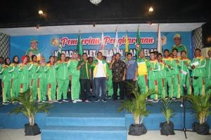 Plt Wali Kota Berikan Penghargaan Kepada Atlet dan Pelatih Berprestasi Medan