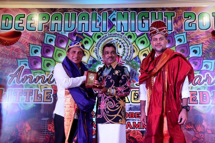Hadiri Deepavali Night 5121 Kaliyuga, Edy Rahmayadi Ajak Warga Etnis India Bantu Pemerintah