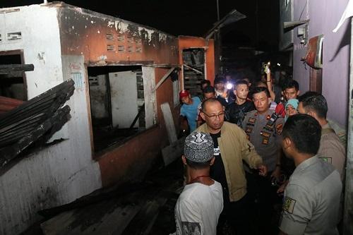 Wakil Walikota Medan Tinjau Lokasi Kebakaran di Jalan Sentosa Lama