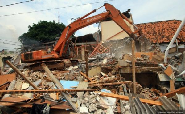 Penggusuran Rumah Warga di Jalan Ampera Sudah Berjalan Kondusif