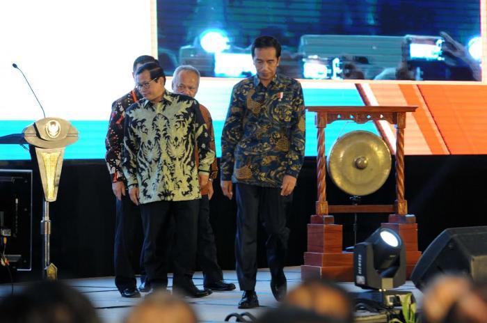 Presiden Jokowi Minta REI Percepat Bangun Rumah MBR