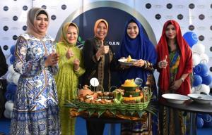 Kepincut Dengan Kota Medan, Oki Setiana Dewi Buka Bisnis Kuliner Medan Par Par