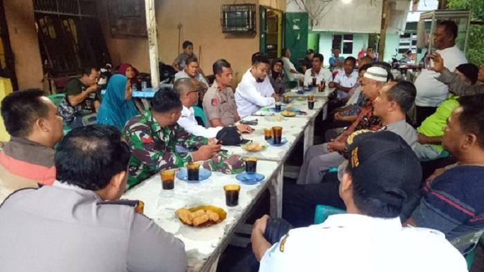 Danramil 01/Sunggal Bersama Babinsa Jalin Silaturahmi ke Muspika Sunggal
