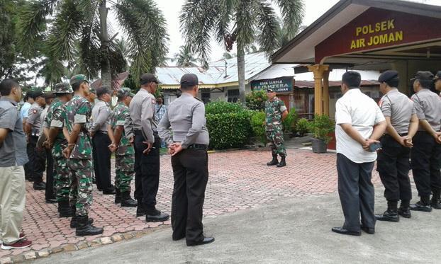 Meningkatkan Sinergitas TNI-Polri, Koramil 14/Bandar Pasir Mandoge Apel Pagi Bersama