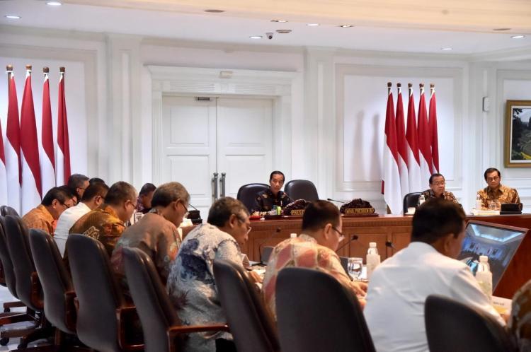 Presiden Jokowi Minta Pembangunan Rumah Bagi ASN Dipercepat