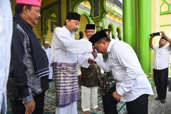 Kunjungan Kerja ke Tanjung Pura, Gubsu Minta Masyarakat Lestarikan Sejarah
