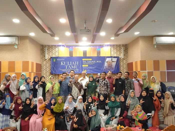 Praktisi Ilmu Perpustakaan UMY Isi Kuliah Tamu di UIN Ar-Raniry