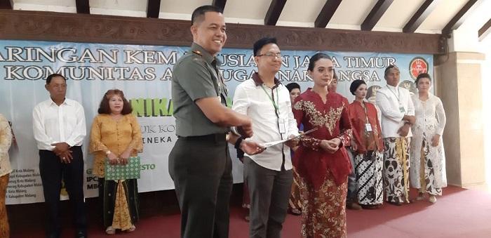 Jaringan Kemanusiaan Jawa Timur Nikahkan 283 Pasang Pengantin di Malang