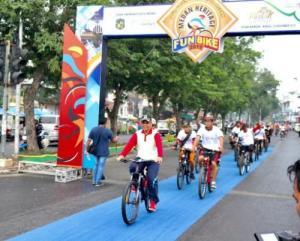 Ribuan Peserta Dalam dan Luar Negeri Ramaikan Medan Heritage Fun Bike
