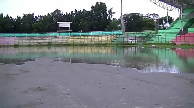 Hujan Deras, Stadion Teladan Medan Empat Hari Digenangi Air