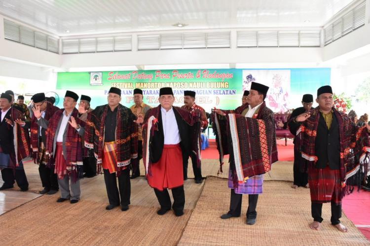 Festival Manortor Naposo Nauli Bulung PM Tabagsel Dibuka