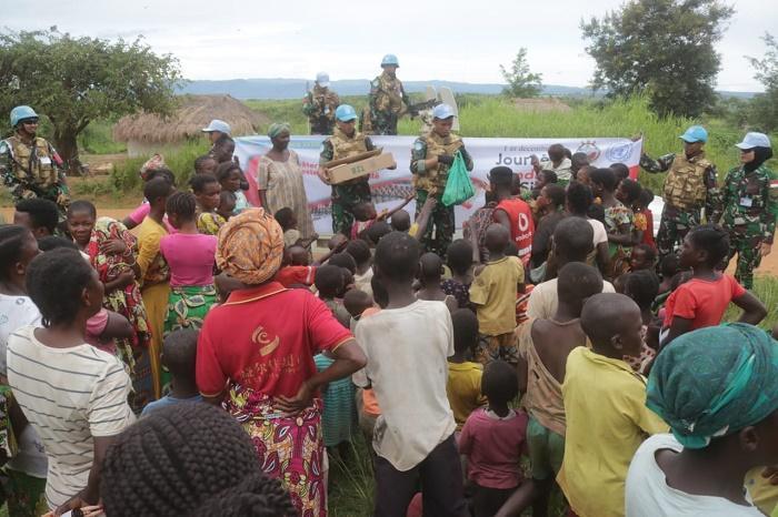 Hari AIDS Sedunia, Satgas TNI Konga XXXIX-B Bakti Sosial di Kongo Africa