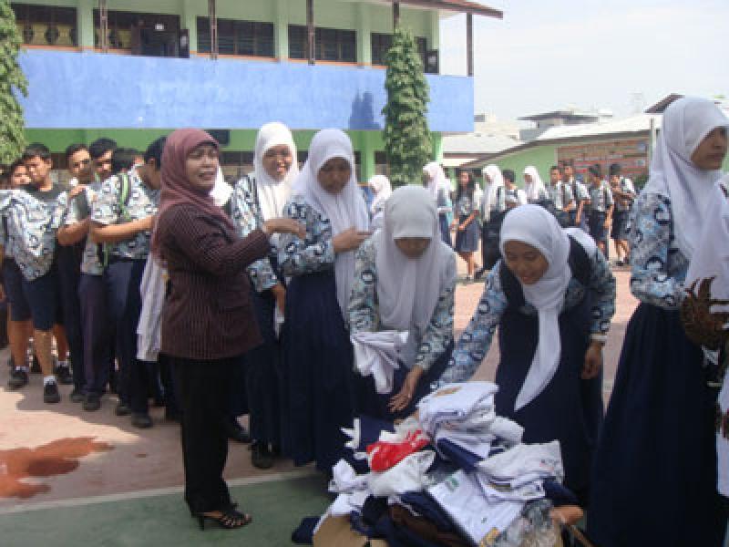 Usai Un Pelajar Smpn 16 Medan Sumbangkan Baju Seragam Portal Berita Sumatera Utara