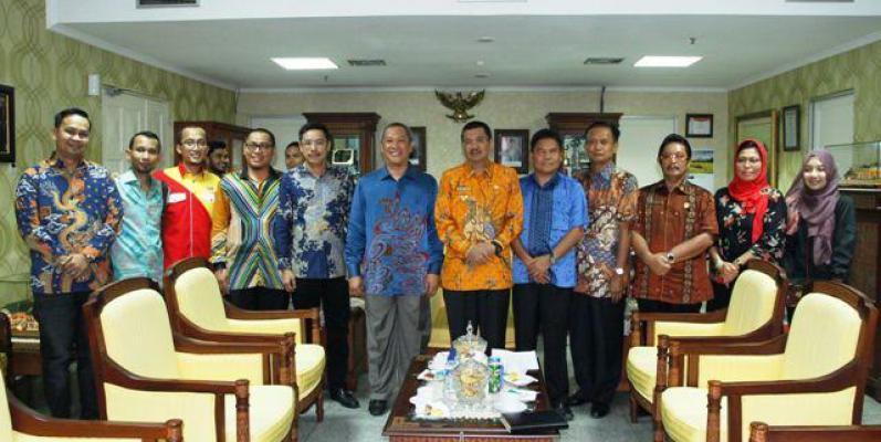 Plt Gubernur Sumut Janji Bantu Penyelesaian Visa Belajar Mahasiswa Malaysia