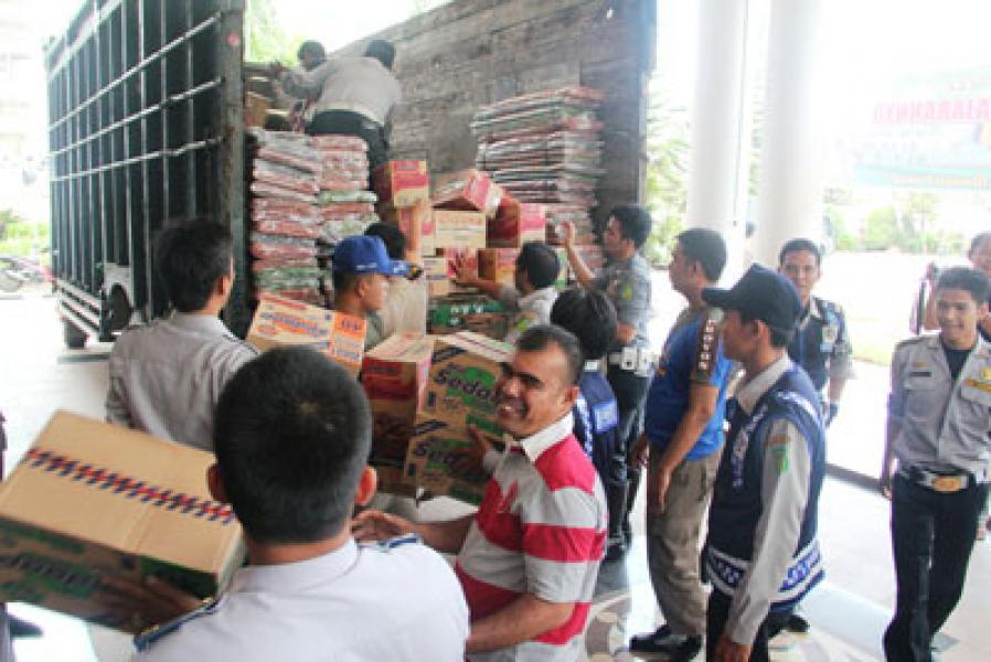 Pemko Medan Bantu Korban Gempa Bener Meriah