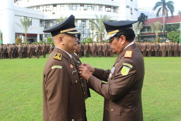 Presiden Jokowi: Perbanyak Jaksa Jujur, Berantas Jaksa Yang Hambat Penegakan Hukum