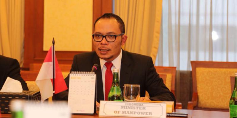 Menaker Berhasil Naikkan Gaji TKI Taiwan Jadi 17.000 NT