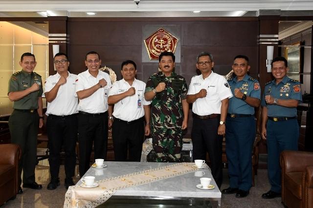 Panglima TNI Terima Dirut PT Pindad