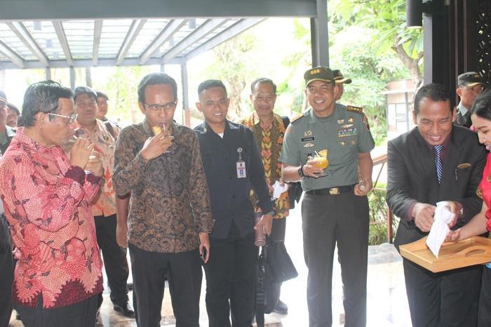 Danrem 083/BJ Sambut Menkopolhukam Mahfud MD di Kota Malang