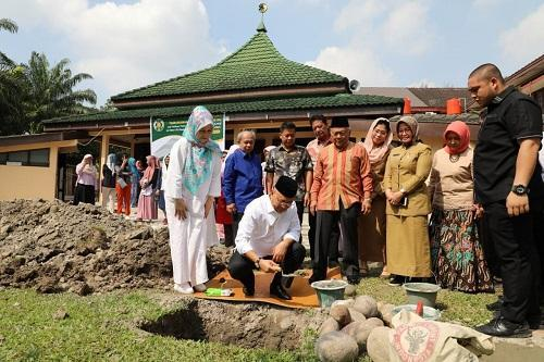Walikota Medan Letakkan Batu Pertama Pembangunan Perluasan Masjid Al-Ikhlas FKG USU