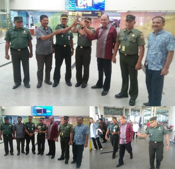 Kasdim 0204/DS Sambut Walikota Tebing Tinggi Bawa Piala Adipura di Bandara KNIA