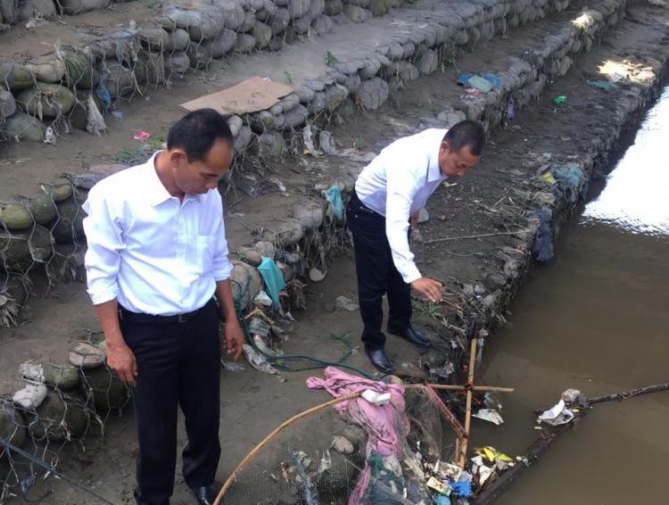Mayat Tanpa Identitas Ditemukan Mengapung di Sungai Deli