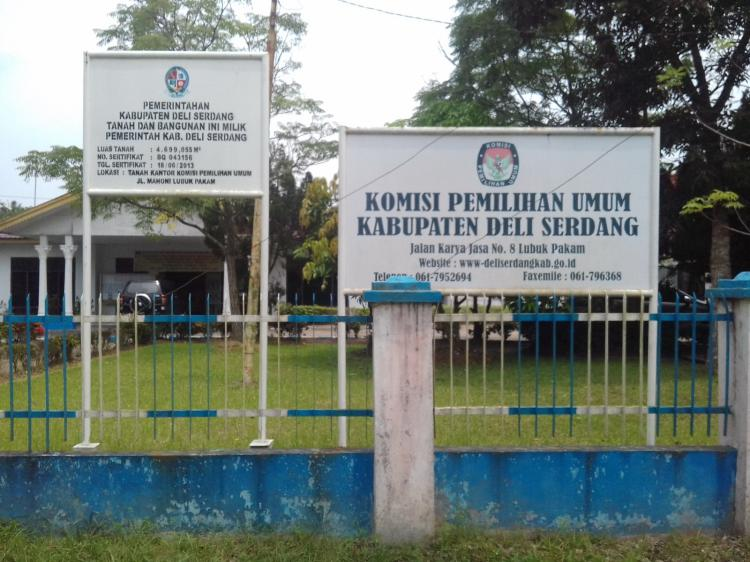 Timo Diberhentikan dari Jabatan Ketua KPU Deli Serdang
