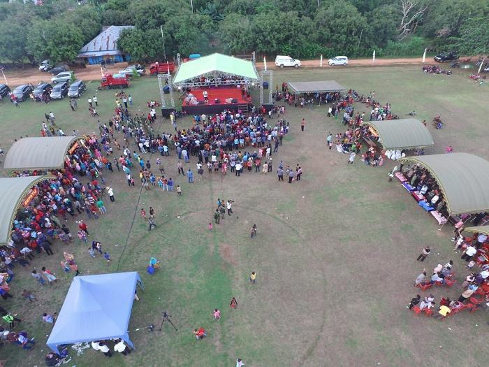Satgas Pamtas RI-PNG Yonif 411 Kostrad Gelar Pasar Murah di Papua