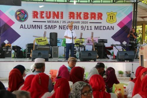Plt Walikota Medan Hadiri Reuni Akbar Lintas Angkatan SMP N 9/11 Medan
