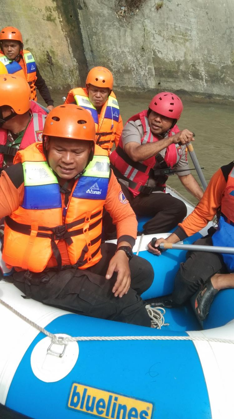 Antisipasi Banjir, Kapolrestabes Medan Imbau Warga Tidak Membuang sampah ke Sungai
