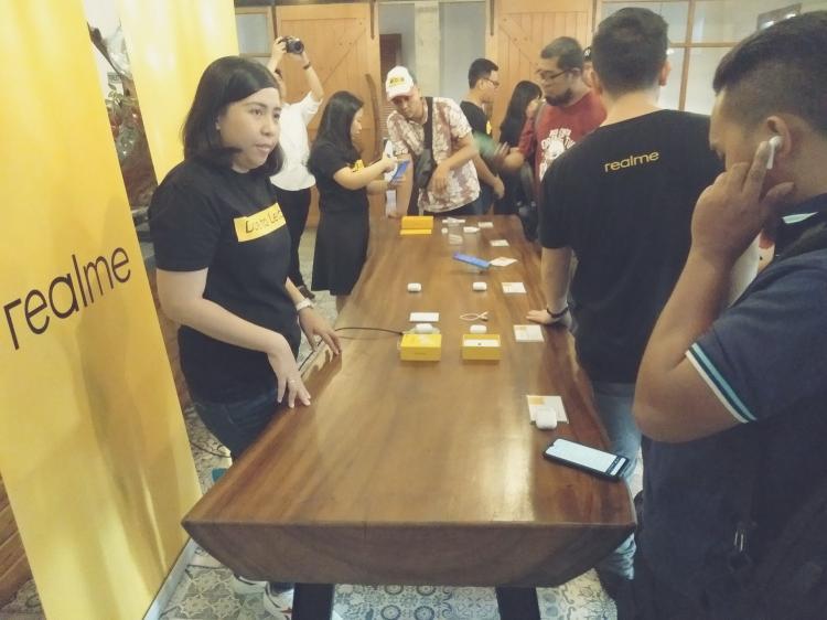 Realme Buds Air Resmi Meluncur di Medan