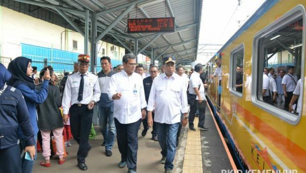 Kemenhub Tingkatkan Kecepatan dan Reaktivasi Jalur Kereta Api