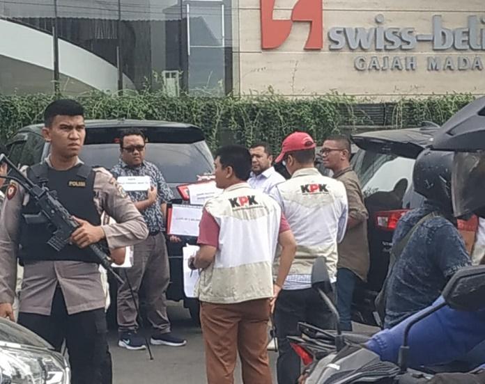 15 Personil KPK Rekonstruksi di Hotel Swiss Belinn Jalan Gajah Mada Medan