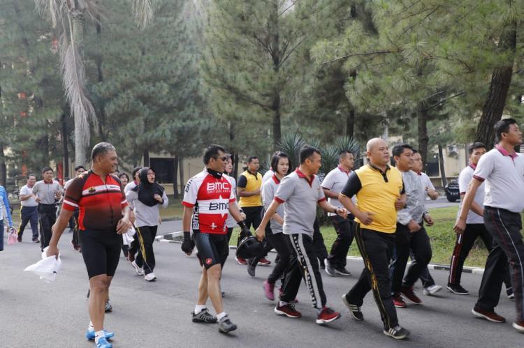 Polisi Dilarang Gendut, Kapolda Sumut Ajak Seluruh Personil Berolahraga dan Jalani Program Diet