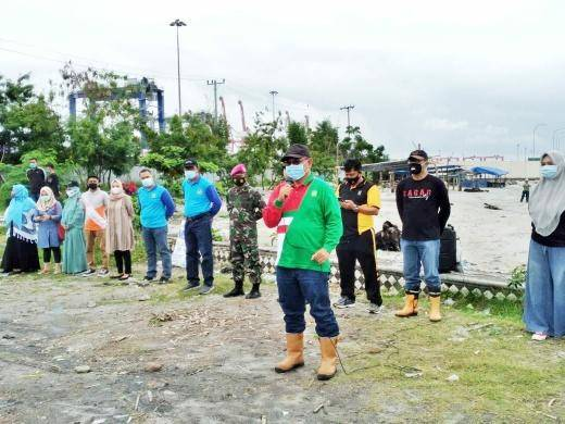 Plt Walikota Medan Imbau Masyarakat untuk Menjaga Kebersihan Pantai