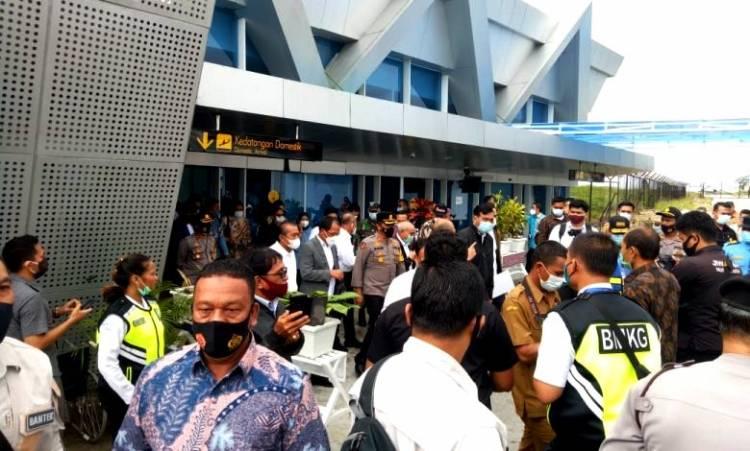 Menko Luhut Binsar Pandjaitan Kunker ke Sumut, Brimob Polda Sumut Lakukan Pengamanan dan Sterilisasi