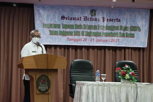 Asmum Renward Parapat Buka Pertemuan Penyusunan LHKPN di Lingkungan Pemko Medan