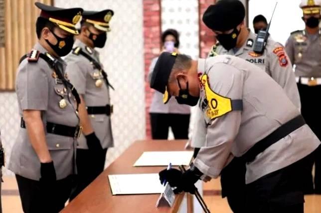 Kapolda Sumut Pimpin Upacara Sertijab 11 PJU, Lantik Kapolres Taput, Samosir dan Tebing Tinggi
