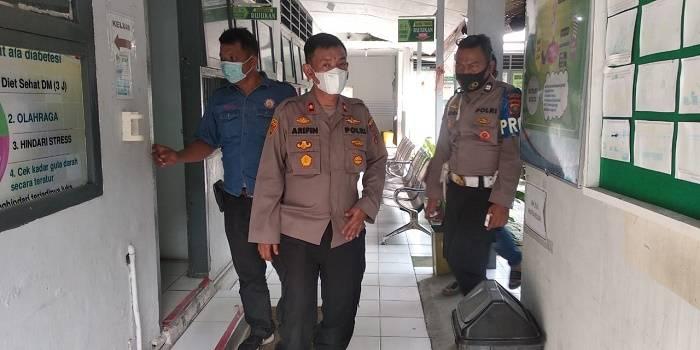 Vaksin Sinovac Tiba di Puskemas Glugur Darat, Kapolsek Medan Timur Lakukan Pengecekan