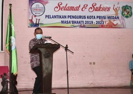 Plt Walikota Medan Paparkan Tantangan Pembinaan Olahraga Voli di Medan