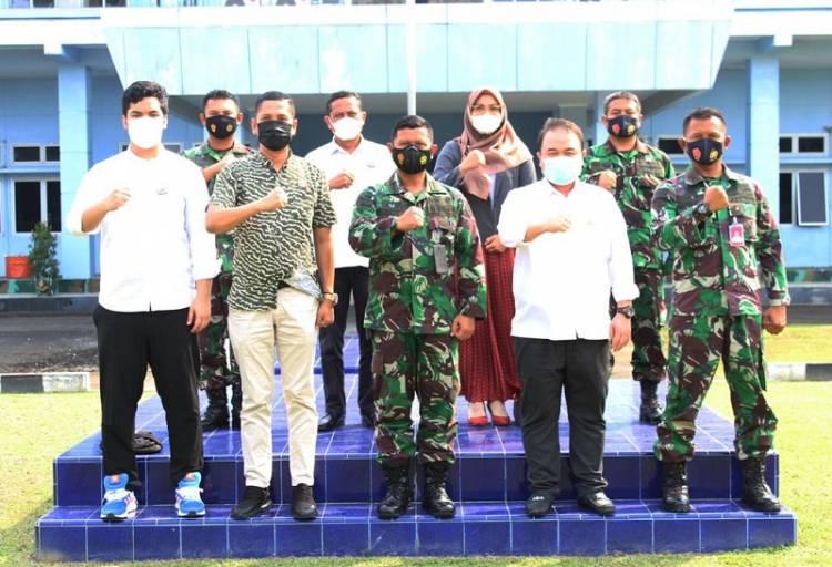 Komandan Wing III Paskhas Kolonel Pas Deni Ramdani SE Terima Kunjungan Pengurus KADIN Medan