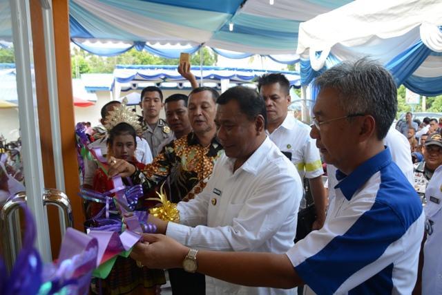 Bupati Deli Serdang Resmikan Gedung PKBM Rumah Produksi dan Bantuan Kaki Palsu