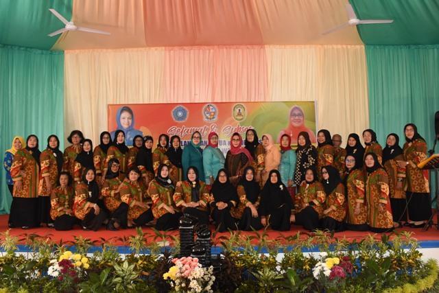 Lantik GOW, Bupati Deli Serdang Nilai Wanita Miliki Peranan Penting dalam Kehidupan