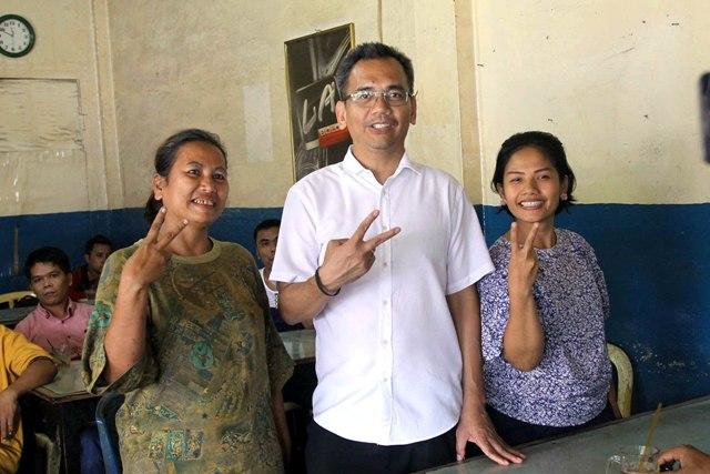 Bertemu Sihar Sitorus di Warkop Gantang, Warga : Ada Cinta di Nomor Dua