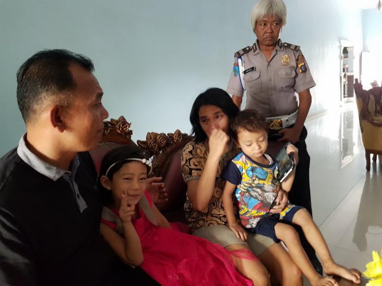 Pergi Tanpa Sepengetahuan Ibunya, Dua Anak Ini Tersesat