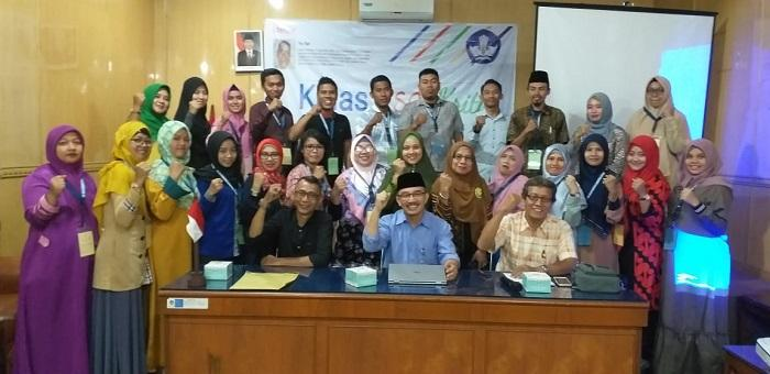 Kepala Balai Bahasa Sumut Buka Kelas Menulis Esai 2019, Seluruh Karya Peserta Akan Dibukukan