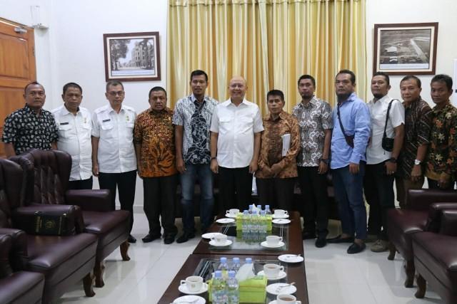 Walikota Medan Dukung PS Pratama Medan Ikuti Turnamen Sepak Bola di Penang