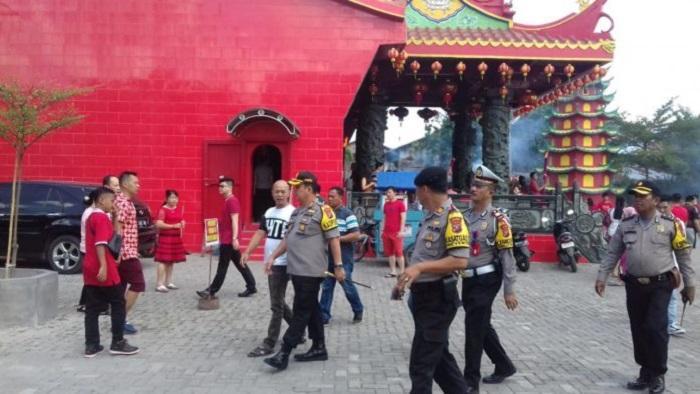 177 Personil Polres Pelabuhan Belawan Kawal Perayaan Imlek Yang Aman dan Kondusif